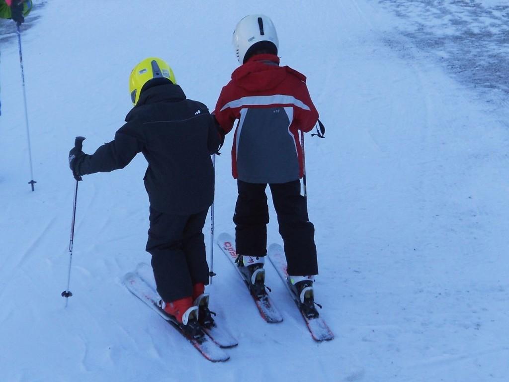 Bambini sugli sci: quando, come, dove e perchè