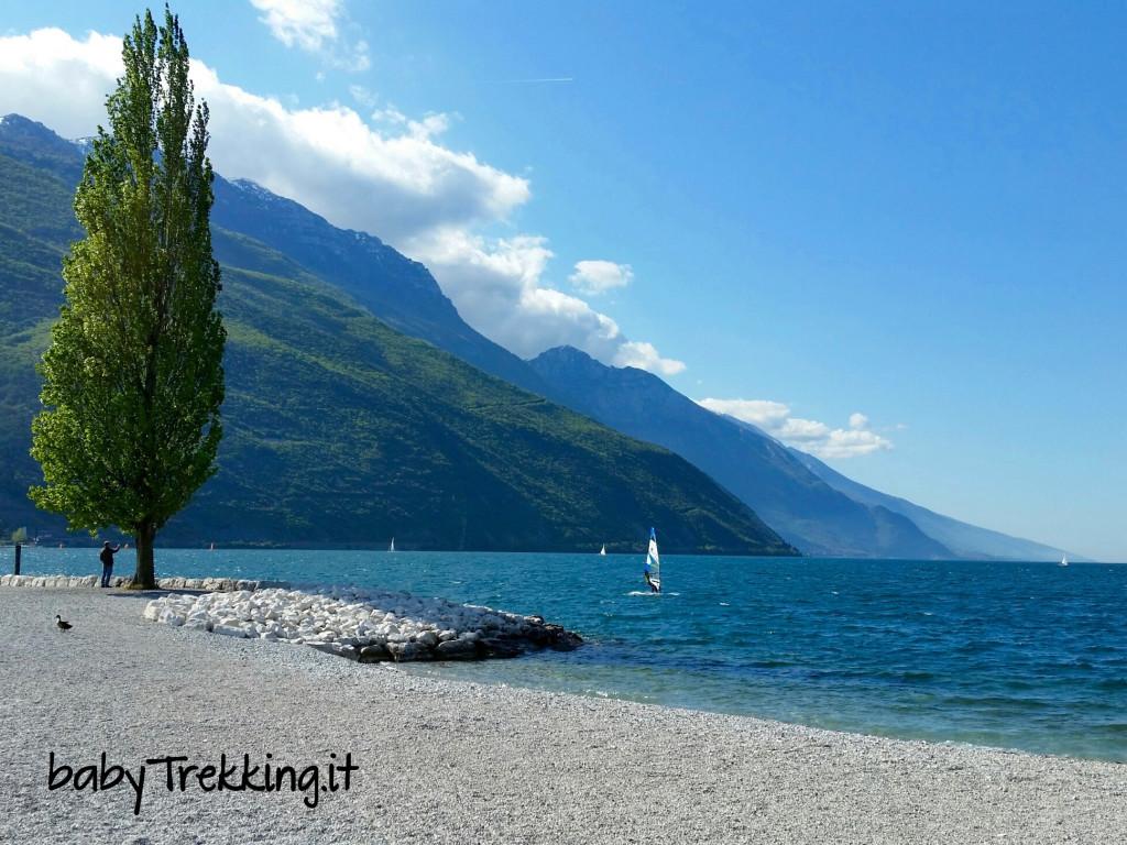 Ciclabile Torbole - Riva: sul lago di Garda col passeggino