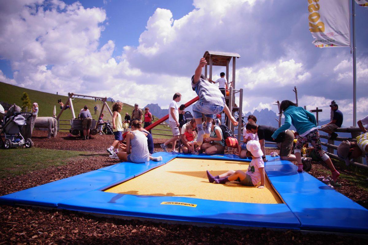 WoodyWalk: coi bambini sul sentiero dei giochi sulla Plose
