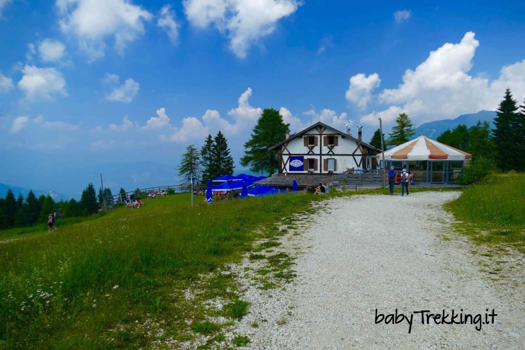 Rifugio Stella d'Italia da Passo Coe: col passeggino sull'Alpe Cimbra