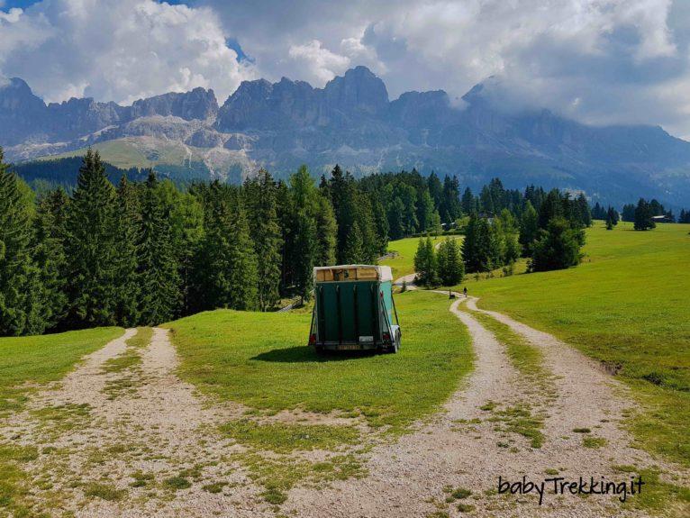Heinzen Alm, in Val D'Ega col passeggino tra verdi prati e vista sul Catinaccio