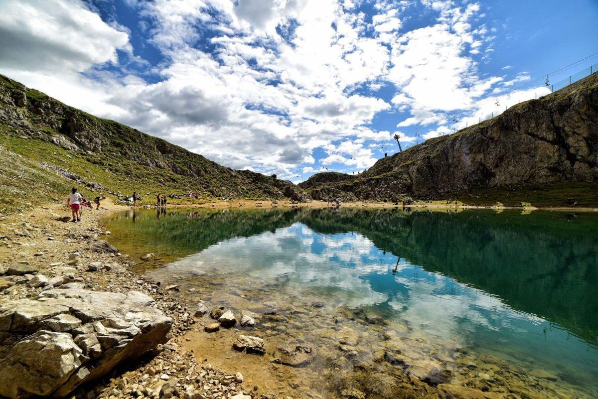 Al lago Boè, tra Agordino e Alta Badia: coi bambini ai piedi del Sella