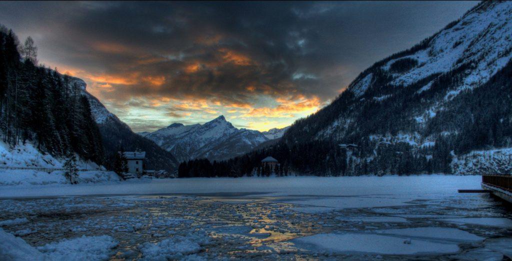 Alleghe Nights, la magia delle notti di Alleghe tra sci e ciaspole