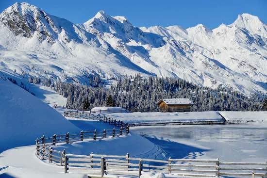 Racines con la neve: da Rinneralm a Malga Calice tra panorami magnifici
