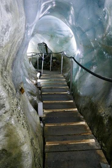 Nella grotta di ghiaccio dello Stubai: a bocca aperta