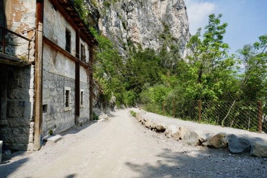 Strada della Ponale