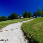 Escursioni a Comano coi bambini: al Rifugio Don Zio col passeggino