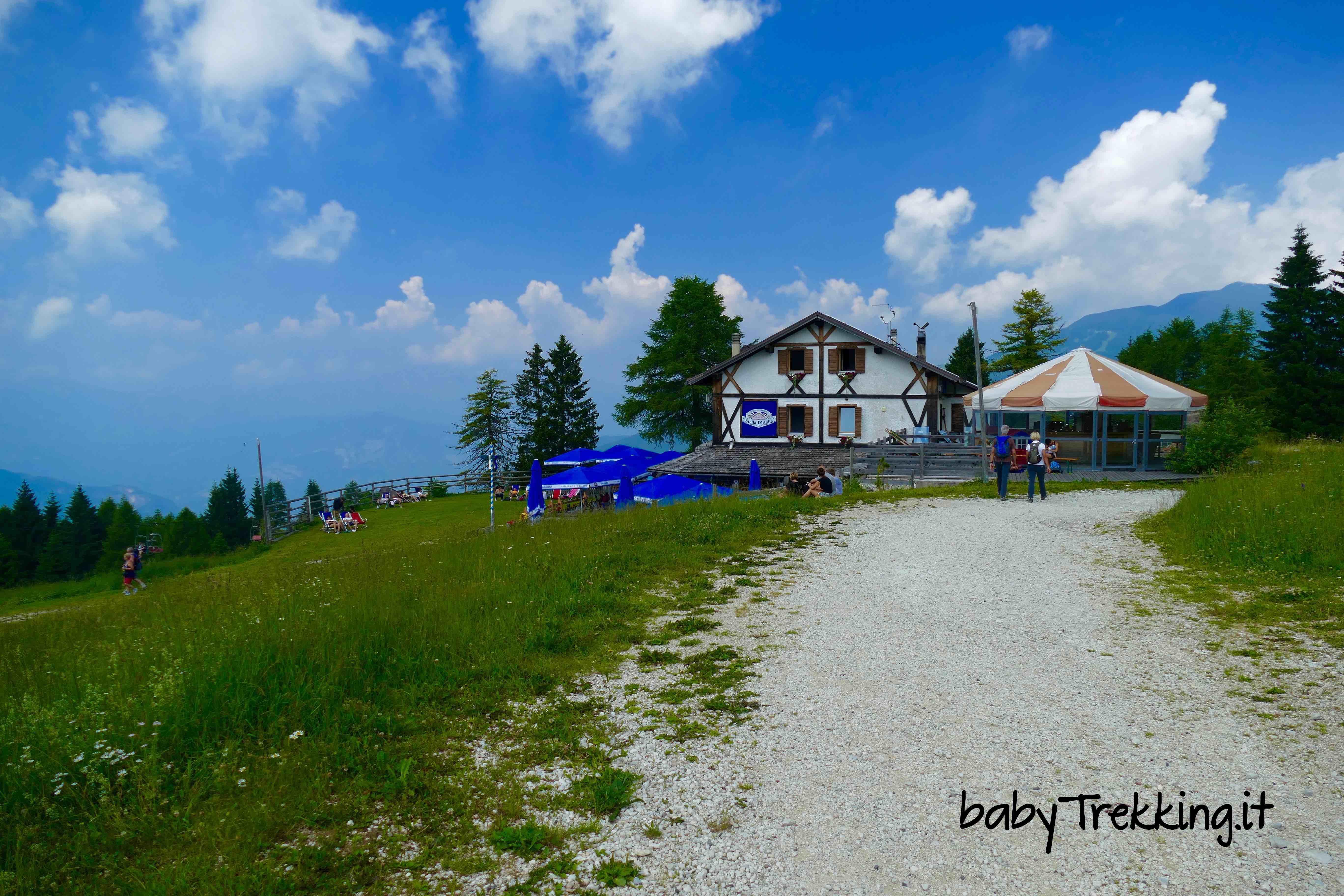 Rifugio stella d 39 italia da passo coe col passeggino sull for Family hotel asiago