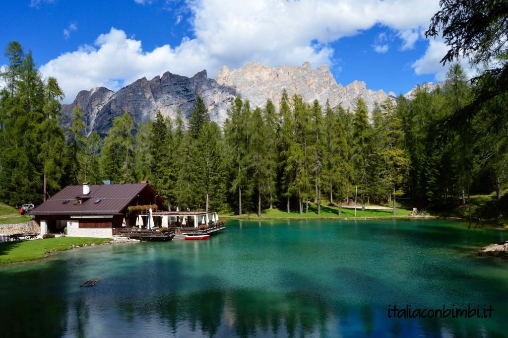 Lago ghedina coi bambini a cortina tra boschi e paesaggi for Family hotel asiago