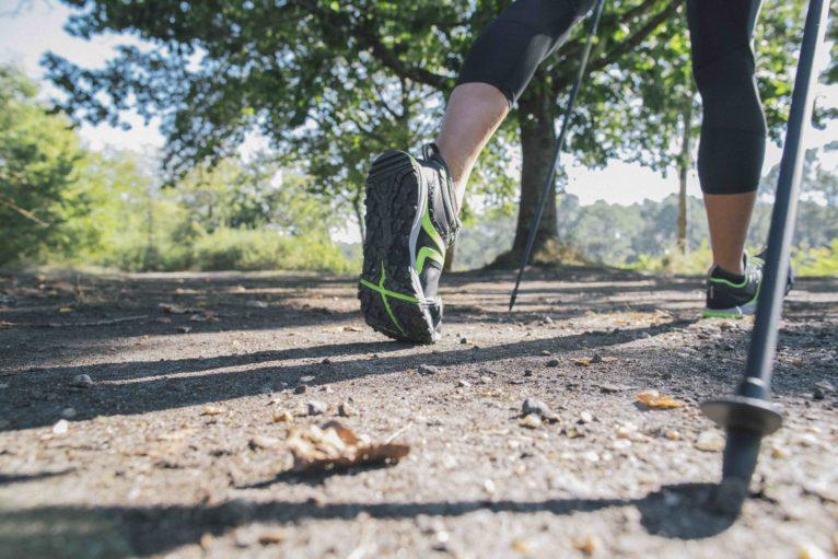 Impariamo il Nordic Walking assieme a Decathlon e Newfeel