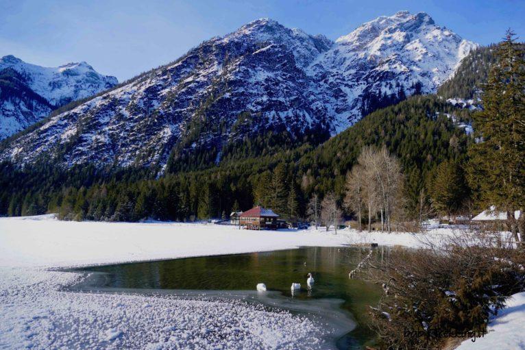 Val Pusteria per famiglie: con le ciaspole al lago di Dobbiaco