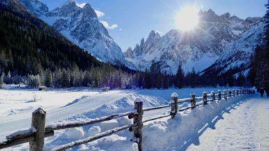 Babytrekking in montagna con zaino e passeggino for Hotel val fiscalina